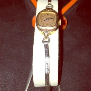 1950's-1970's Ladies Bulova self-winding 17 jewel